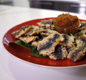 Sardine fillets with fig sauce