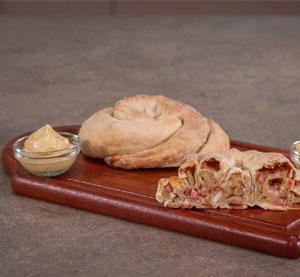 Στριφτά πιτάκια με παριζάκι & ντίπ με μουστάρδα με μέλι